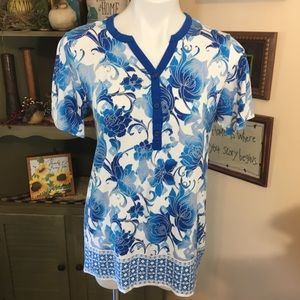 Christopher Banks blue & White Floral Tunic